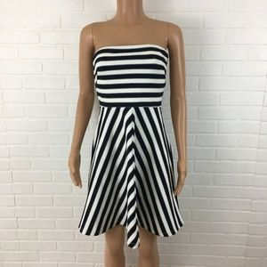 The Limited women Dress Size S Black White Striped